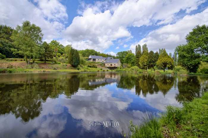 AHIB-2-DN-584 Nr Pontivy 56300 A mill house gite complex with 7 ½ acres and a lake