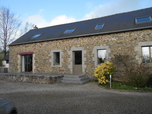 AHIB-1-JS 2761 La Harmoye 22320 Attractive 4 bedroomed farmhouse on an acre - country location