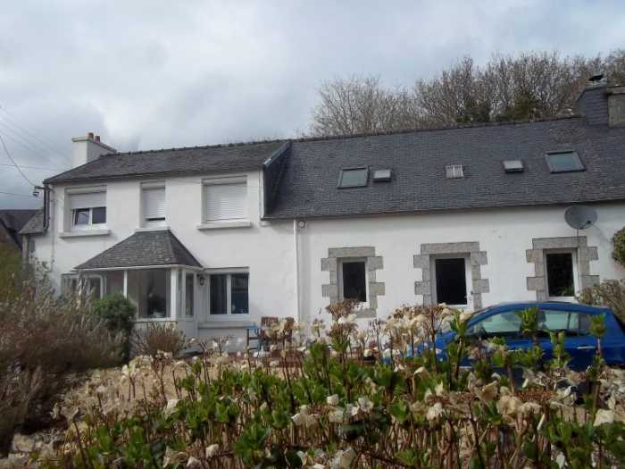AHIB-3-M2465-29141130 Nr Huelgoat 29690 Pretty 3 bedroom longere in a hamlet with garage, workshop and 1,600m² of garden!