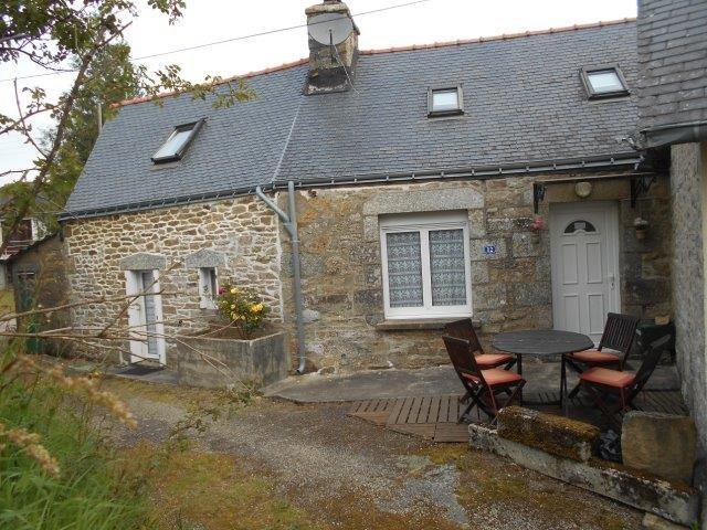AHIB-1-JS2583 Saint-Nicolas-Du-Pélem (22480) 2 bedroomed Village house