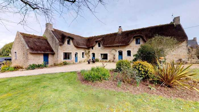 AHIB-2-DN-632 Near Vannes 56870 Nr Gulf of Morbihan - Superb thatched Cottage with 5 bedrooms on 3200m²
