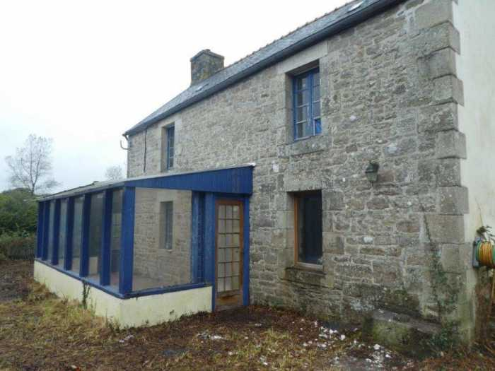 AHIB-1-mon1950 Loguivy-Plougras 22780 Detached ensemble for renovation with 2740m grounds.. near river!