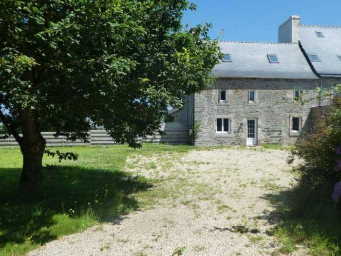 AHIB-3-mon1996 St Thegonnec 29410 In the heart of a country hamlet - pretty stone terraced house with 1030m2
