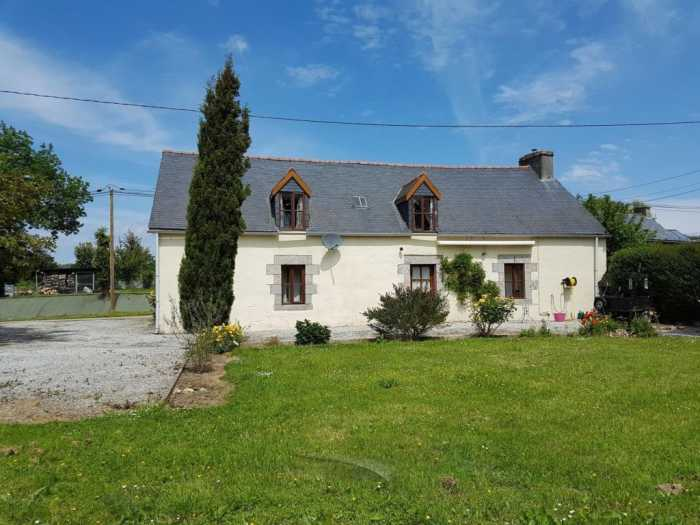 AHIB-2-YL-2335 St Connec near Mur de Bretagne, Stone House, with 4 bedrooms, Furnished on 1715m2