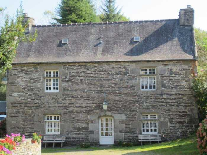 AHIB-3-mon1924 Loqueffret 29530 Magnificent 16th Century 4 bedroomed Priory in the heart of the village with 655m2 garden