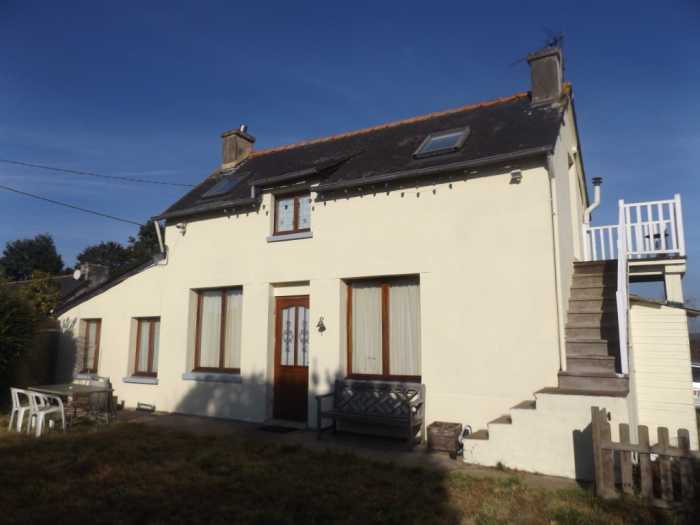 AHIB-1-AM Plounevez-Quintin 22110 2 bedroomed cottage with 2.5 acres of land