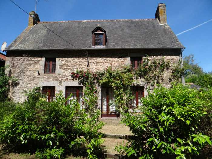 AHIB-4-KL-3132 lle et Vilaine / Manche border - Sougeal Near Pontorson 35610 Beautiful stone house with 2/3 bedrooms, a stone barn and a separate gite to renovate on 1 acre of land