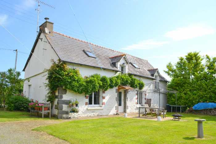 Properties for sale in Brittany, France - AHIB-1-BB9996-TH Langourla ...