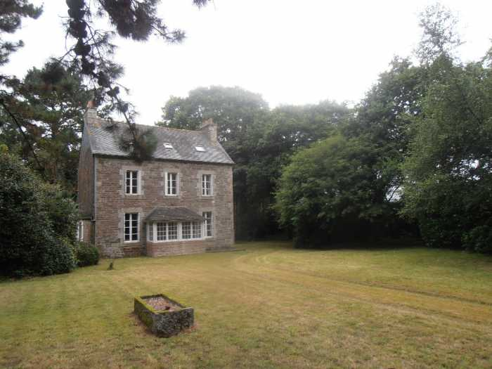 AHIB-1-PO-008 Mael Carhaix 22340 Gorgeous 5 bedroomed Bourgeois house on 2.5 acres