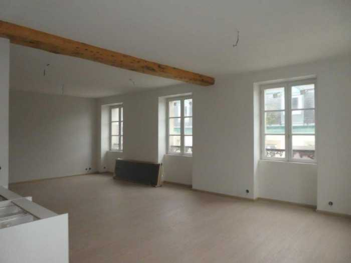 AHIB-3-mon1959 Morlaix 29600 Duplex 3 bedroomed apartment in the heart of Morlaix