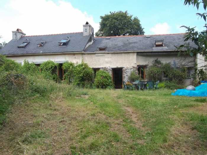 AHIB-3-M2494-29141155 Nr Loqueffret 29530 Far from roads and neighbours, a very large 6 beedroom longère with 6Ha of organic land bordering a river!