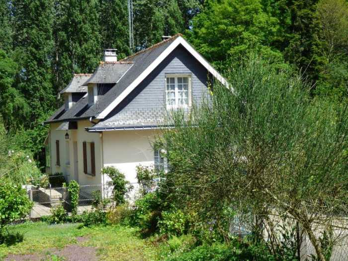 AHIB-1-ID2244 Merdignac 22230 Detached 3 bedroom pavillon on complete basement and 3039m2 garden