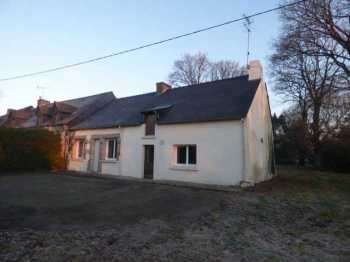 AHIB-2-ID2129 : Les Forges 56120 Semi detached 3 bedroomed house with 1039m2 garden