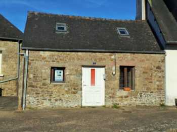 AHIB-1-AM-Glomel 22110 Lock up an leave 1-bed cottage in a beautiful village