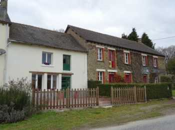 AHIB-2-M210123 Evriguet 56490 Traditional stone 3 bedroomed property with a 3 bedroomed cottage attached, ideal for letting out or for when family and friends come to visit.
