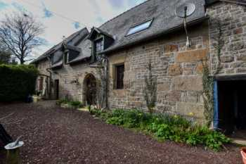 AHIB-4-SP-001284 Nr Louvigné-du-Desert 35420 Delightful house and gîte with nearly an acre garden in Brittany