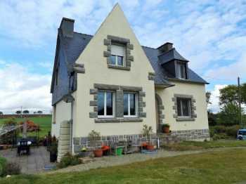 AHIB-1-AMCarnoet • Carnoet • 4 bedroomed 3.5 bath Neo Breton on 2,435m2 Gardens