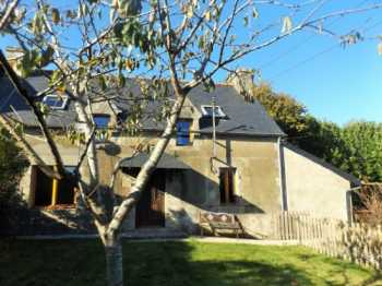 AHIB-1-AM-3 La Chapelle Neuve  22160 2/3 Bedroom semi-detached house with 2898m2 garden