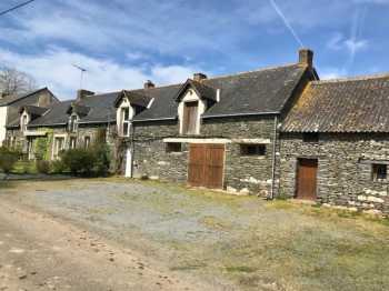 AHIB-M210236 Masserac 44290 Beautiful longere and gite with outdoor heated pool on an acre
