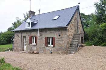 AHIB-SP-001105 Pretty 2 bedroom detached house with 2.5 acres and outbuildings in quiet rural hamlet.