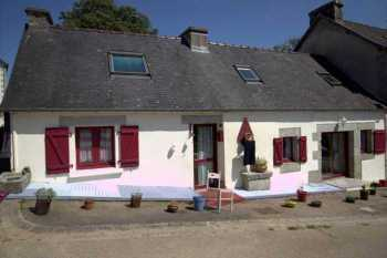AHIB-JD-3147 • Nr Carhaix, Finistere - Ideal 3 bedroomed Semi Detached House in beautiful hamlet • 29690