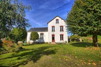 AHIB-2-DN-608 Pontivy Stylish Detached 4 bedroom former schoolhouse on 2143m2 grounds