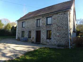 AHIB-2-RH-2661 Nr Josselin 56120 3 bedroomed house with 1748m2 garden on the edge of village,