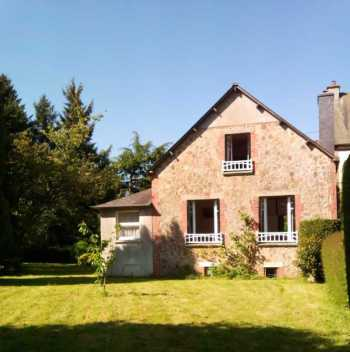AHIB-1-PI-1993 La Prenessaye 22210 Charmingly Quirky detached 3 bedroom house with pretty 937m2 garden