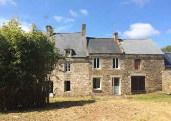 AHIB-BB9851-CL Plelan le Petit 22980 3 bedroomed house to renovate on 1540m2 garden
