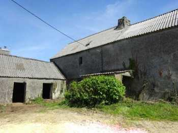 AHIB-3-mon1878 Le Cloitre St Thegonnec 29410 Great potential for this complete restoration on 480m2