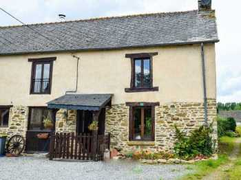 AHIB-2-ME-1699 Mohon 56490 5 bedroomed semi-detached village house with 400m2 garden
