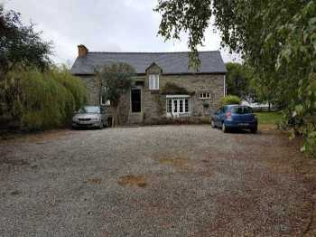 AHIB-2-YL-2222 Nr Brehan - Detached 3 Bed Stone House in Countryside with 1825m2 garden