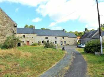 AHIB-1-St Nicodeme AM St Nicodeme 22160 Smallholding or business potential - 4 houses to renovate with outbuildings on 37 acres!