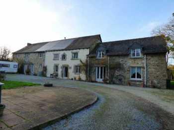 AHIB-2-ID2434 Meneac 56490 Detached longère (main house and 2 gites) on over half an acre garden