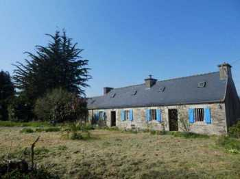 AHIB-3-mon1930 Plouigneau 29610 Pretty 3/4 bedroomed farmhouse to renovate in peaceful setting with 1613m2 garden