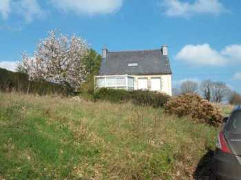 AHIB-3-M2239-2914992 Nr Loqueffret 29530 3 bedroomed detached house to modernise with 2 acres