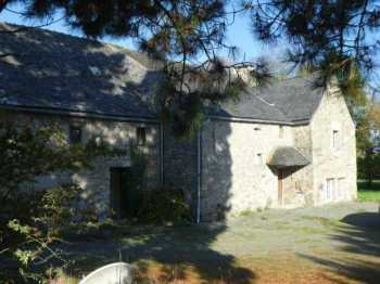 AHIB-3-mon1912 Pleyber Christ 29410 Beautiful Weaver's house to renovate on 1/4 acre