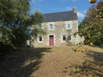AHIB-3-mon1978 Plouvorn 29420 4 bedroom spacious house to renovate on 1152m2