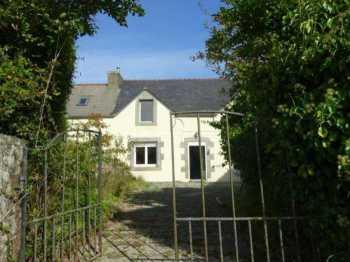 AHIB-3-mon1918 La Feuillee 29690 3 bedroom house with 205m2 garden