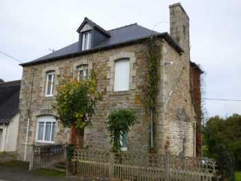AHIB-1-ID1791 Saint Gilles du Mene 22330 Pretty 6 bedroom village house with 372m2 garden