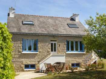 AHIB-2-M208830 Les Forges 56120 Detached traditional 2 bedroomed cottage with studio on 1204m2 garden