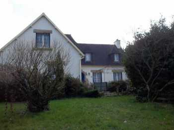 AHIB-3-M2088-2914894 Loqueffret 29530 Splendid and immaculate 4/5 bedroomed Neo-Bretonne with 3,700m² of garden, garage, and in the countryside!