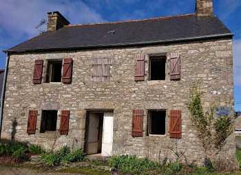 AHIB-1-JS2683 Nr Saint-Nicolas-du-Pélem 22480 House 100 m² - 5 rooms Needs renovation