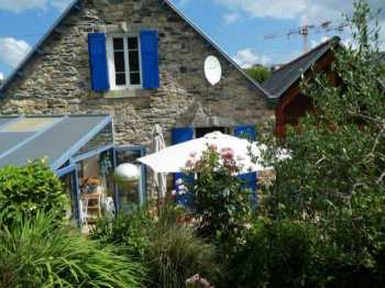 AHIB-3-mon1940 Nr Morlaix 29600 Pretty 2/3 bedroom renovated and enlarged 1930's house with 835m2 garden