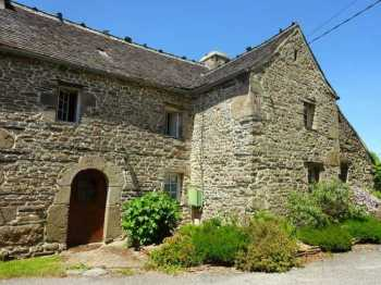 AHIB-3-mon1825 • Commana, Finistere • 3 Bedroomed Ex-Weaver's House with 15 hectares of land - Just 3km from the Coast