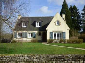 AHIB-1-ID2416 Meneac 3 bedroomed detached Néo-bretonne house with almost an acre