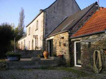 AHIB-3-mon1866 Ploujean 29600 Lovely renovated 4 bedroomed farmhouse in peaceful location on 3356m2 grounds