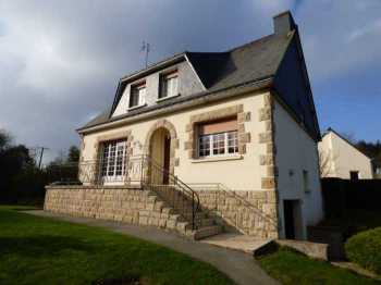 AHIB-1-ID2083 Saint-Gouéno 22330 Detached 3 bedroomed house with full basement and 860m2 garden