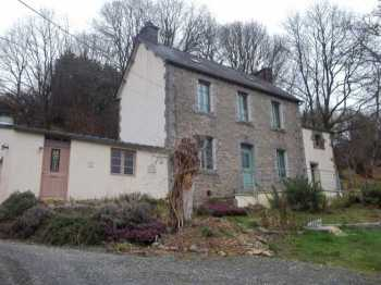 AHIB-3-M2224-2914985 Huelgoat 29690 Attractive house with 1,400m² of garden and views, in a lovely secluded location in Huelgoat!