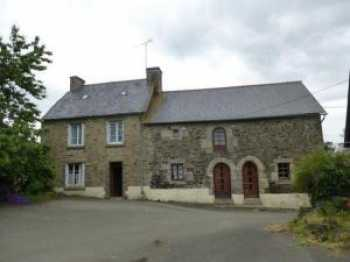 AHIB-1-JM535 St Martin des Pres 22320 1 bedroomed house to renovate on 3/4 acre and barns